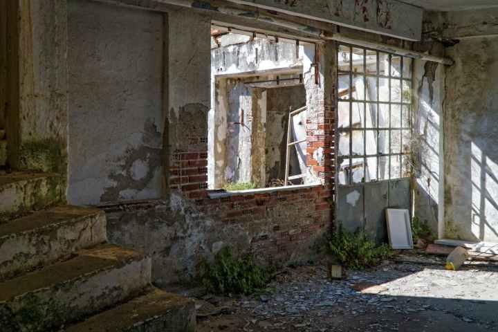 Broken Windows or BrokenSociety?